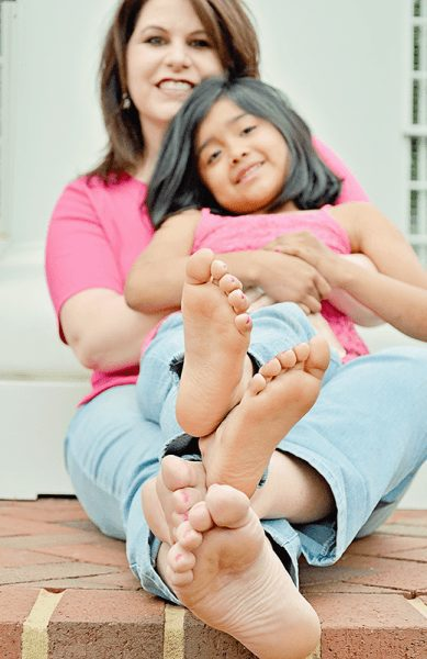 karen-julia-feet
